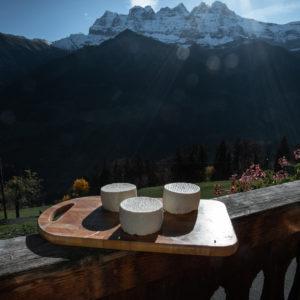 Sérac de la ferme des Lisats à Val d'Illiez produits frais de la vallée