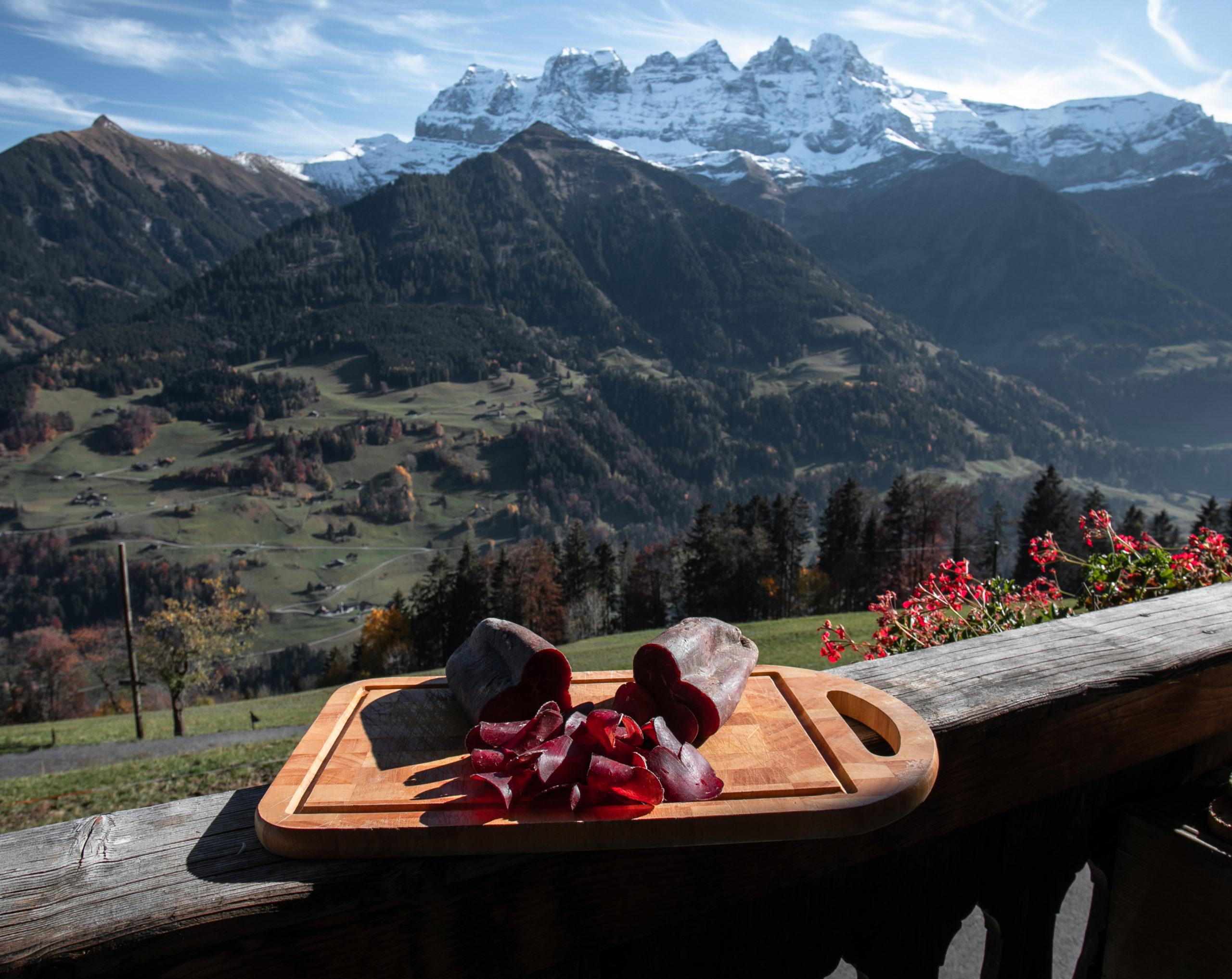 Viande séchée du Valais du Chablais produit par Laurant Ecoeur à la ferme des Lisats avec les Dents du Midi